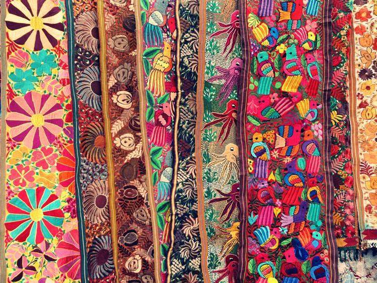 otavalo-market-textiles