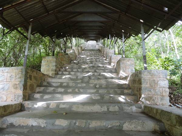 mandalay-hill-steps